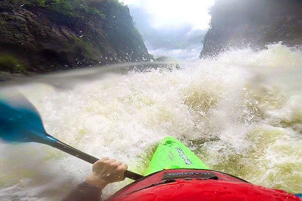 Kayaking the Zambezi - Rapid Number 4