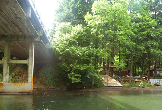Temporary take-out for the Lower White Salmon River, from July 5 - Sept 28, 2011