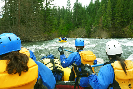 Rafting down the Upper Klickitat River, Washington