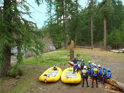 Ready to raft the Upper Klickitat River with Wet Planet