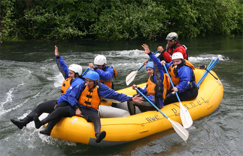 Giani takes Hood River High School students down the White Salmon River