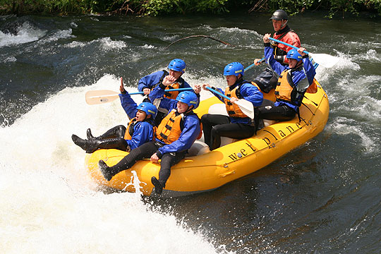 Dave guides a group of Ft. Lewis soldiers down the White Salmon on May 13.