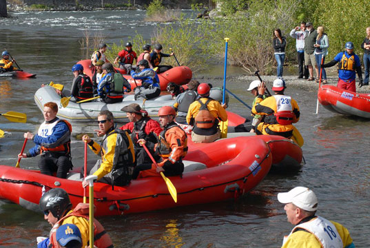 group rafting on the wenatchee river at festival