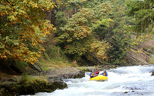 White Salmon rafting with Wet Planet