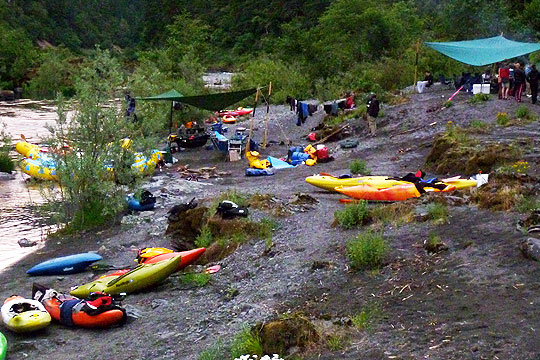 Making camp on the rogue river kayaking course.