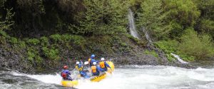 Hood River whitewater river rafting in Oregon