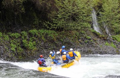 Hood River Rafting in Oregon