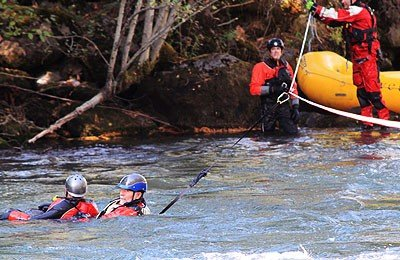 river rescue training swiftwater rescue technician course SRT rescue 3