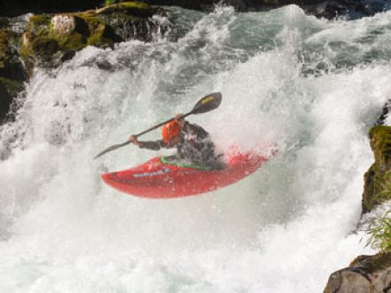 whitewater kayaking boofing clinic in washington