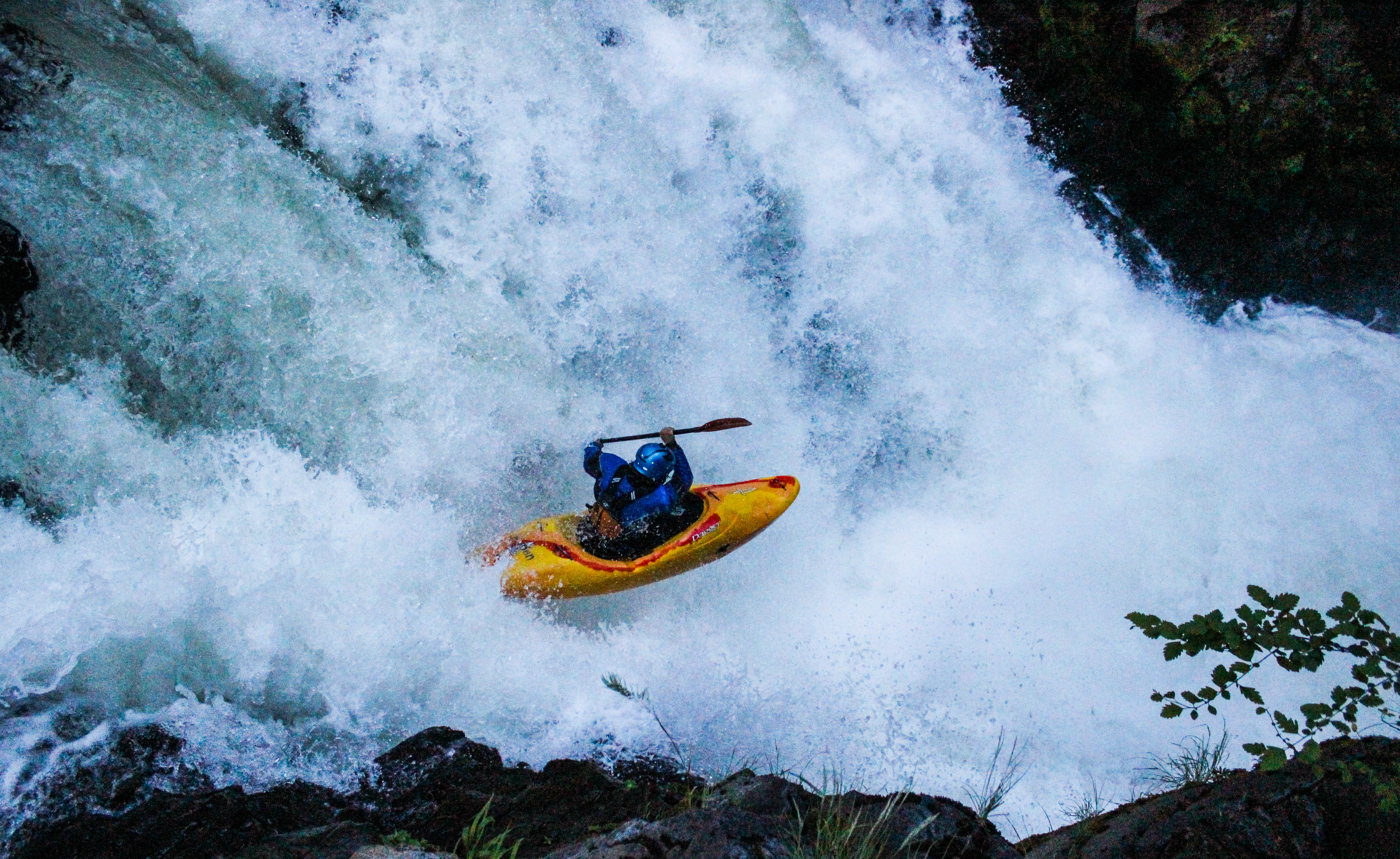 whitewater kayaking washington