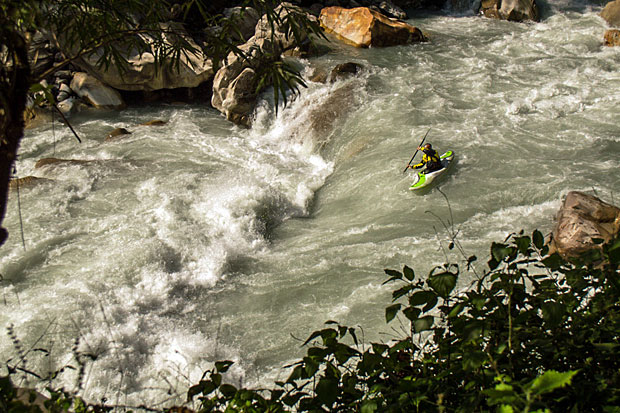 John running a rapid on the upper gorge of Buri Gandaki.