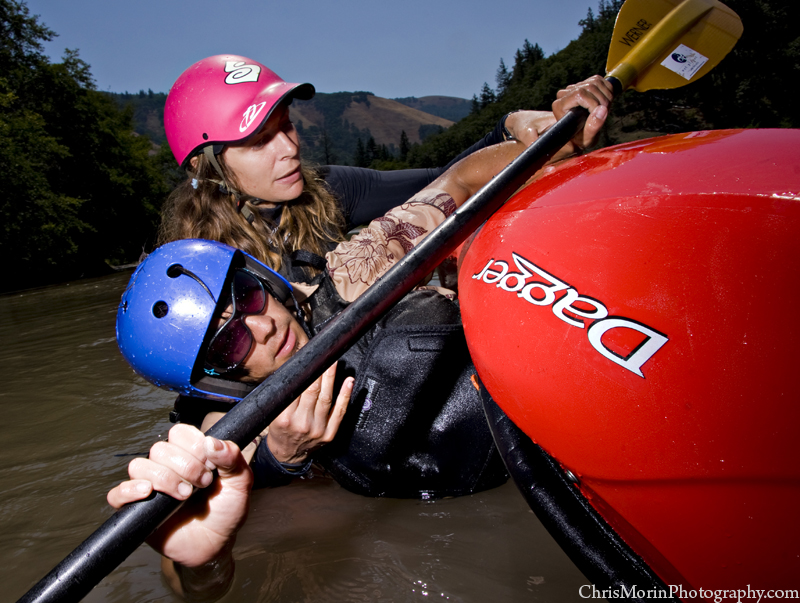 Intermediate whitewater kayak instruction wet planet whitewater for Hood river swimming pool hours