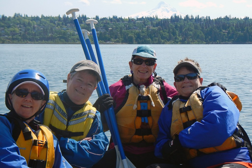 The IWWS Sistas in a raft on the Columbia River