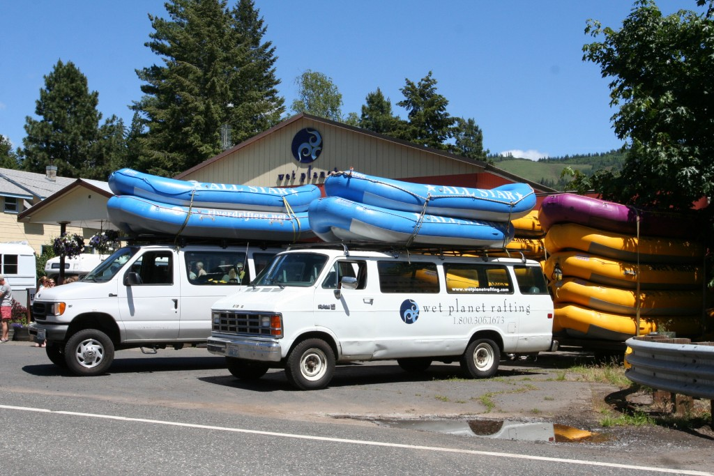 White Salmon Whitewater companies worked together for the 9th Annual White Salmon River Fest & Symposium