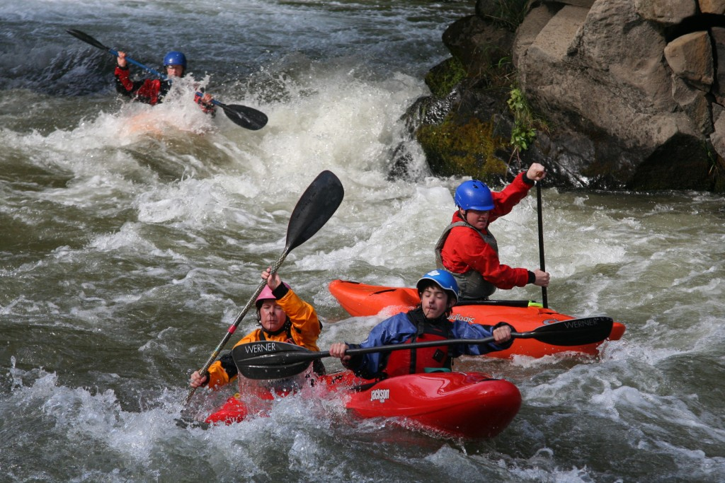 Kayaking the Narrows on the Lower-Lower White Salmon River