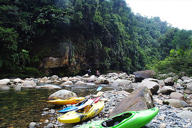 Finding whitewater kayaking lines and stunning jungle scenery on the Lower Jondachi River in Ecuador. (photo by Elizabeth Tobey)