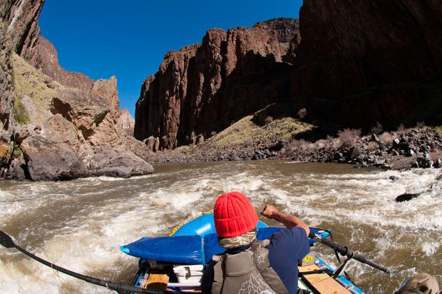 Rowing the Owyhee River