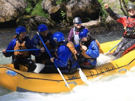 Smiling rafters on the White Salmon River.