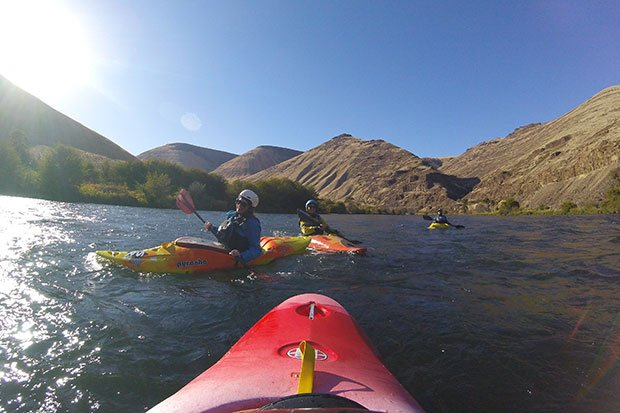 kayaking the deschutes river