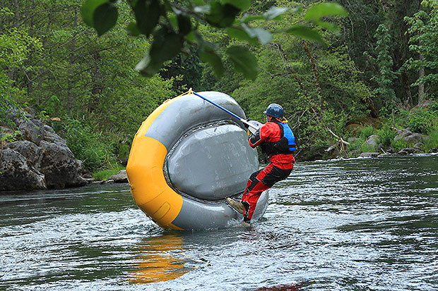 Flip drills whitewater guide school white salmon river