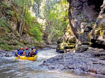 White Salmon River Rafting with Wet Planet