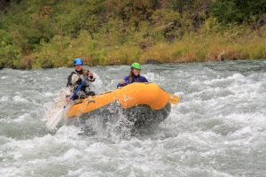Wet Planet Whitewater Staff Leah and Jamie Rafting on the Tieton River