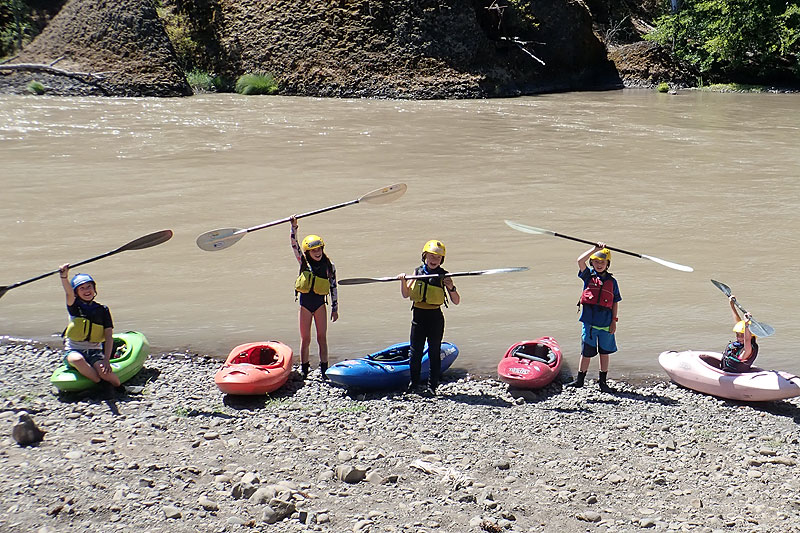 kids kayaking camp
